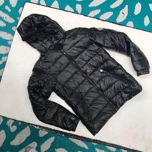 Moncler puffer jacket black